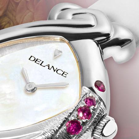 Océane : Déclaration d'amour, une montre Delance personnalisée